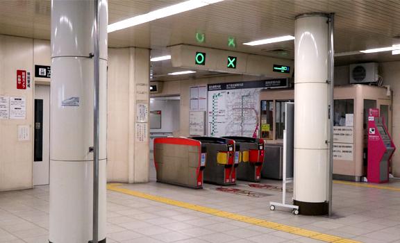 地下鉄四条駅改札